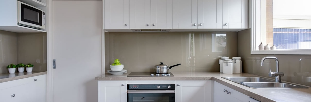 White Gloss Kitchen Design