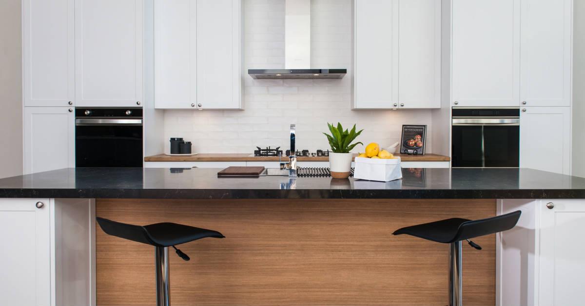 modern hampton kitchen